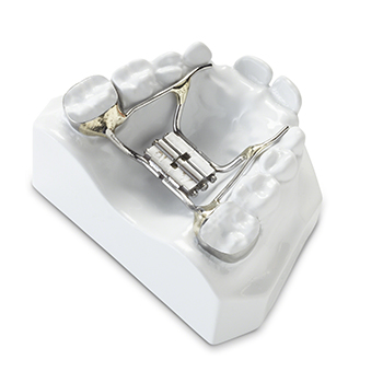 Orthodontic Appliances and Retainers